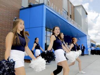 Dallas School District cuts ribbon on new Intermediate School