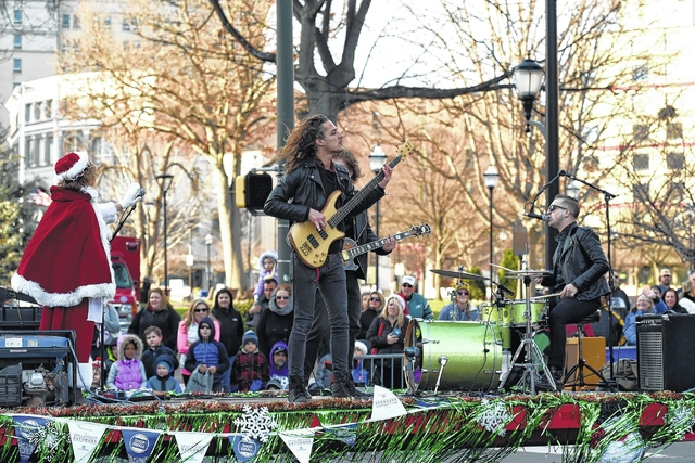 songs santa claus help wilkes barre christmas parade and