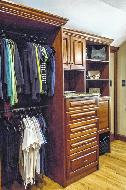 An Office Designed And Built By Creative Closets.