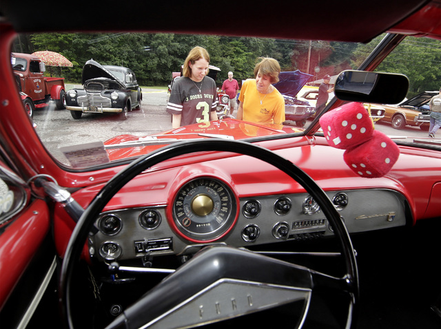 Dallas Knights Of Columbus Car Show A Success Despite Rainy Weather - Dallas car show
