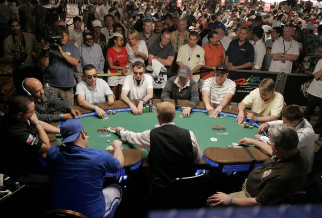 Mohegan sun poker atlas
