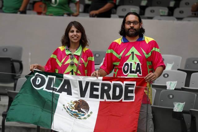 Mexico soccer team getting swept up in a Green Wave of supporters