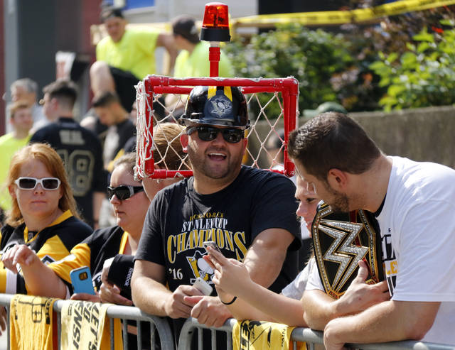 a916115bfbd Pittsburgh Penguins fan Matt Nesbella