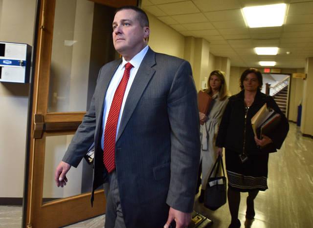 42e281f70bda Judge tosses trooper case