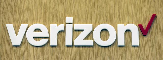 Employees at Laurel Mall Verizon store vote to unionize