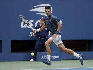 Novak Djokovic gets through on hot day at U.S. Open