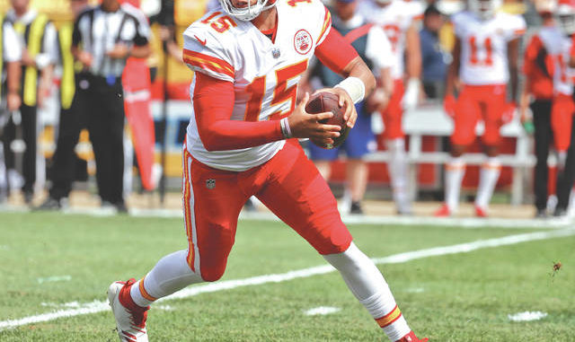 Kansas City Chiefs quarterback Patrick Mahomes scrambles against the  Pittsburgh Steelers ... c2126daa9