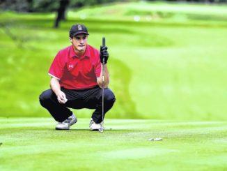Bobby Lugiano, Logan Paczewski dominate Pre-district golf championships