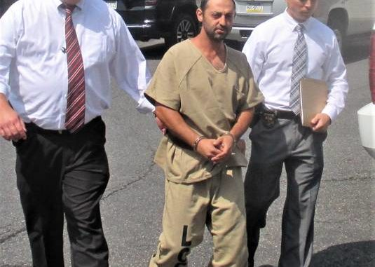 Kingston man pleads not guilty to beating girlfriend to