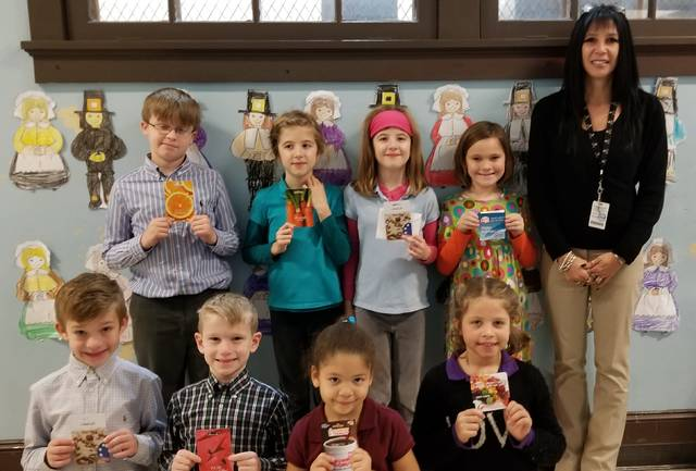 Dana Elementary Center students donate to St. Vincent dePaul Soup Kitchen 90b1ff7f2