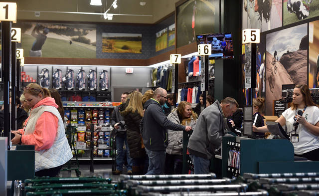 Doesn T Really Feel Like Black Friday Some Say Shopping Holiday Losing Its Luster Times Leader