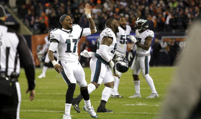Eagles burn Bears with last-minute magic and field goal fortune ... 1a2e4df91