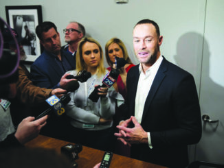 Phillies supporting Gabe Kapler amid speculation he covered up 2015 incident