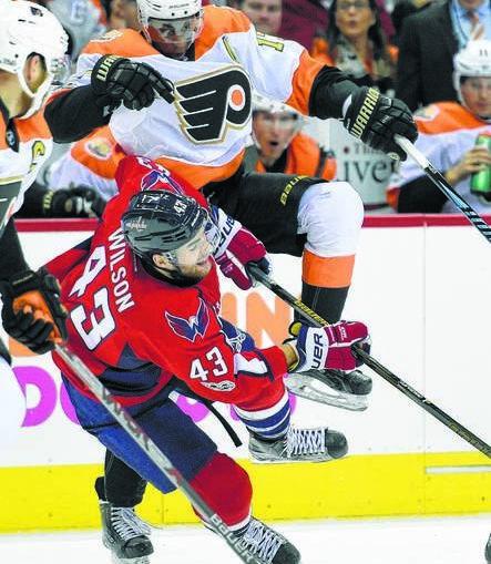 Flyers Trade Wayne Simmonds To Predators Reunite Him With Peter Laviolette Times Leader