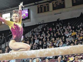 College Corner: Gianna Plaksa comes through for Central Michigan