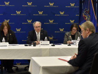 Pashinski hosts House Democratic Policy Committee hearing on health care