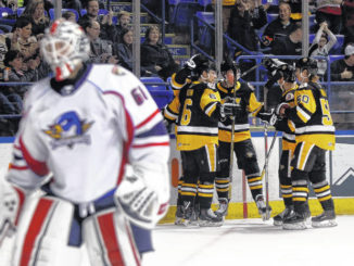 Late goal lifts Penguins past Thunerbirds