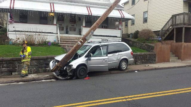 One injured in Hazle Street crash, power temporarily out