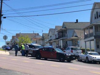 Police at scene of Nanticoke standoff