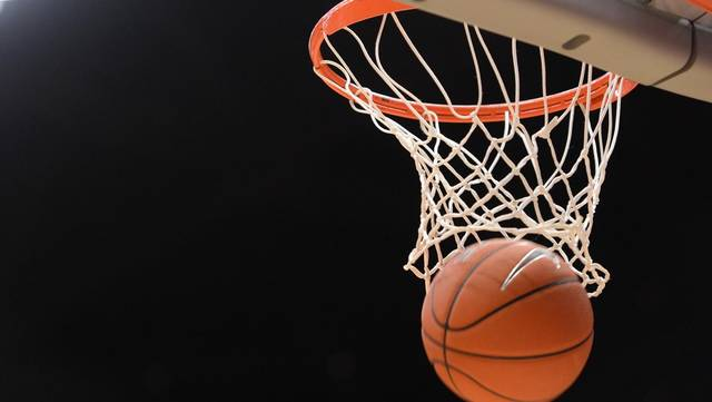 H.S. Girls Basketball: Team Healey rallies for Moses Classic win