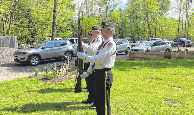 Fishing derby honors fallen vets, first responders | Times