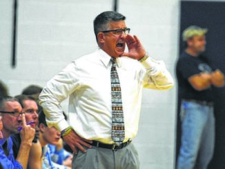 Dallas reappoints Belenski as head basketball coach
