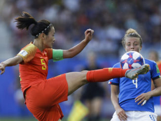 Italy reaches first quarterfinal since '91