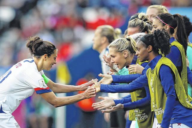 Lloyd scores 2 as US beats Chile