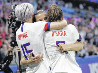 Defending champ US opens knockout stage vs. Spain