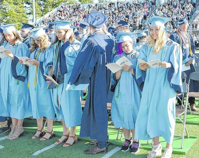 198 receive diplomas from Dallas High School