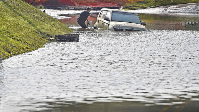 Stormwater fee won't end all street flooding, officials say