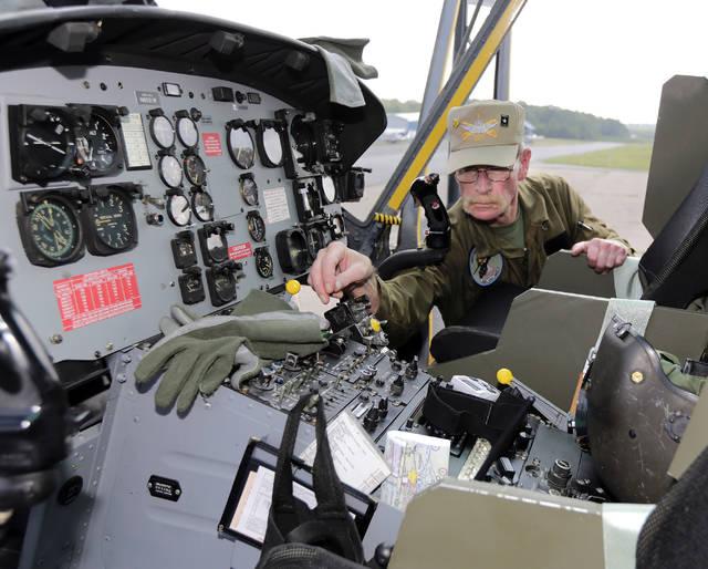 05f201e57 One more flight': Veterans, residents take flight in Vietnam-era ...
