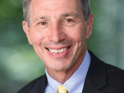 J  Edward Hartle, M D  named Geisinger's chief medical