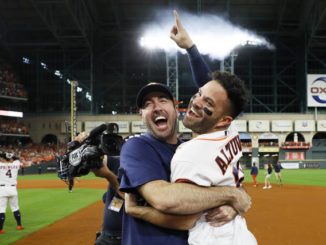 Shot heard around Houston: Altuve sends Yanks home, Astros to World Series