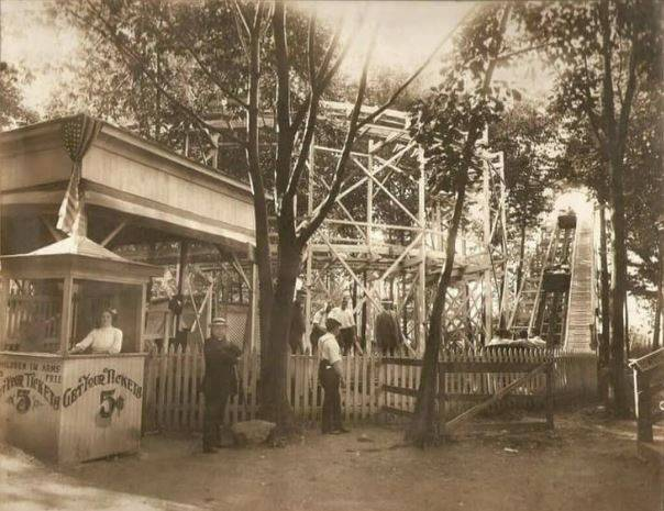 Look Back: Pavilion collapses at Croop's Glen in 1935