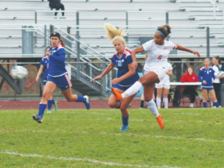 Holy Redeemer girls soccer wins to reach district finals for first time