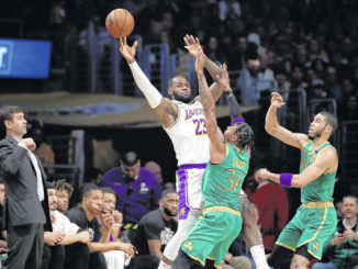 NBA roundup: LeBron James lifts Lakers past Celtics