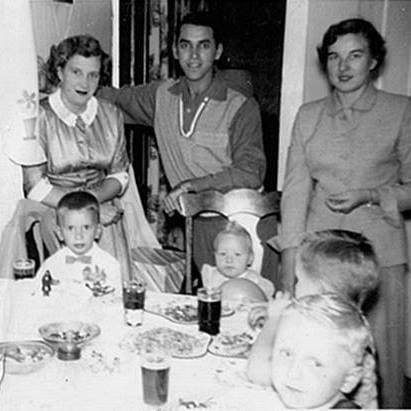 <p>Billy O'Boyle sits at the table with his cousin Claire Kraszewski, and friends Walter Roman and Chris Balita. His mom and dad, Elizabeth and Bill O'Boyle, are behind him and his Aunt Barbara Kraszewski.</p>