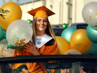 Wyoming Area hosts parade for grads