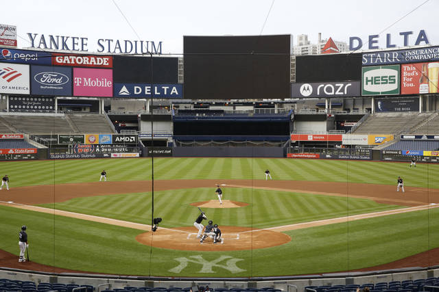 Yankees hold 1st camp intrasquad game