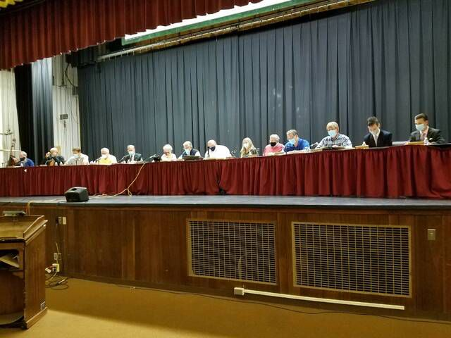 For the second meeting in a row, the Wyoming Valley West School Board spent only a few minutes voting but more than an hour listening to comments regarding the state school face mask mandate and concern about the potential for a COVID-19 vaccine mandate. Some of the speakers were the same people who raised the issues at the last meeting.                                  Mark Guydish | Times Leader