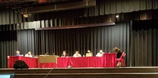 Members of the Crestwood School Board are seen during Thursday night's meeting.                                  Mark Guydish | Times Leader